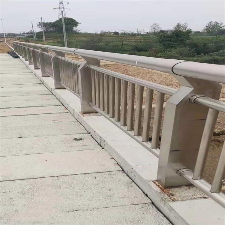 山西道路桥梁护栏报价什么价格