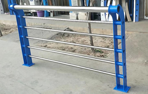 安徽不锈钢桥梁防撞护栏实力厂家