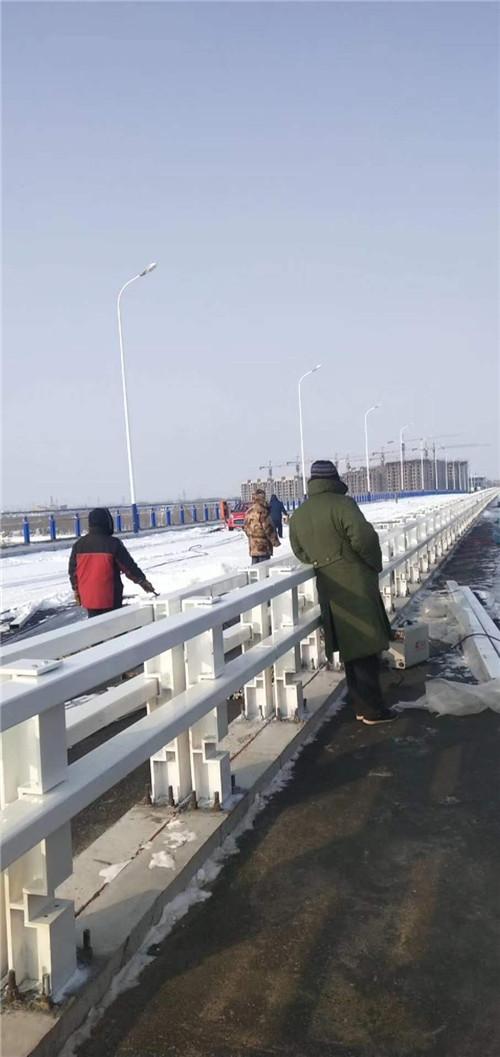 山东不锈钢桥梁护栏价格优惠