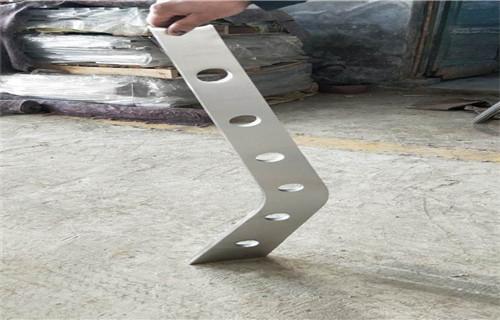 安徽镀锌钢板立柱支持材质检测