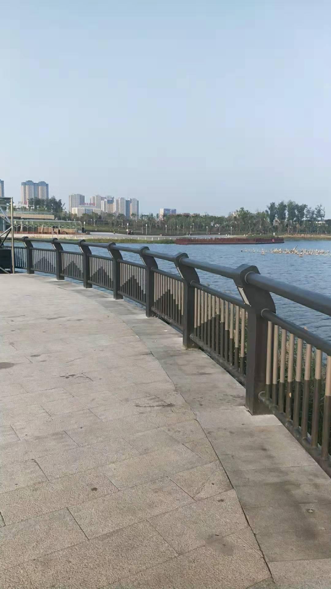 珠海不锈钢天桥护栏欢迎订购