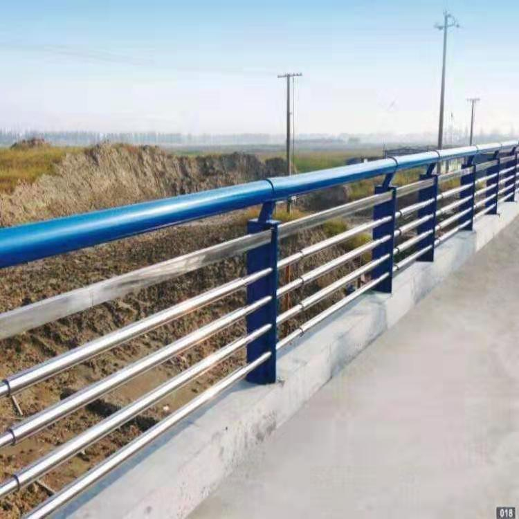 茂名201不锈钢复合管护栏货源充足