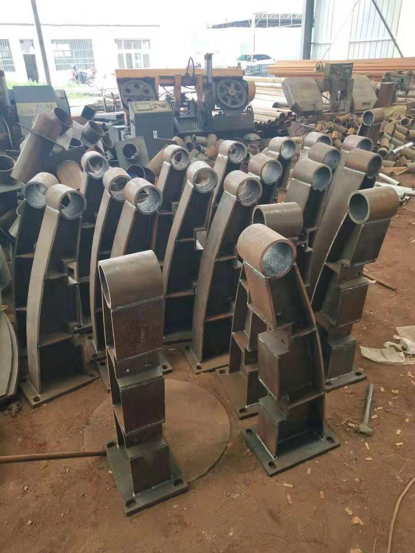 北京201不锈钢复合管护栏批发价格