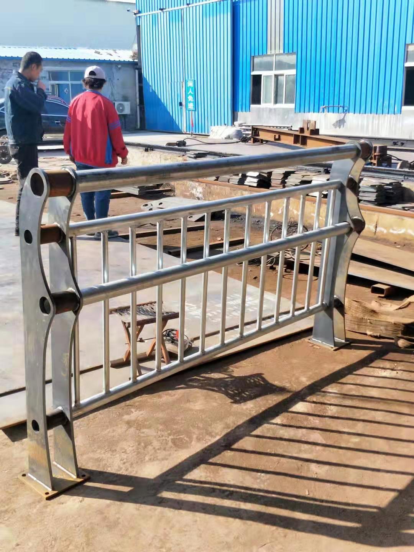 石家庄双金属桥梁护栏欢迎订购