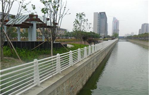 北京制作河道护栏怎么做防腐