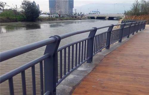 安徽方矩管防撞护栏十年老厂