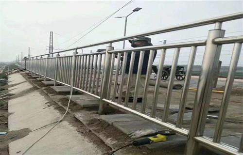 安徽道路交通护栏加工定制