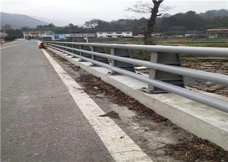 江苏Q355C钢板防撞护栏产品质量过关